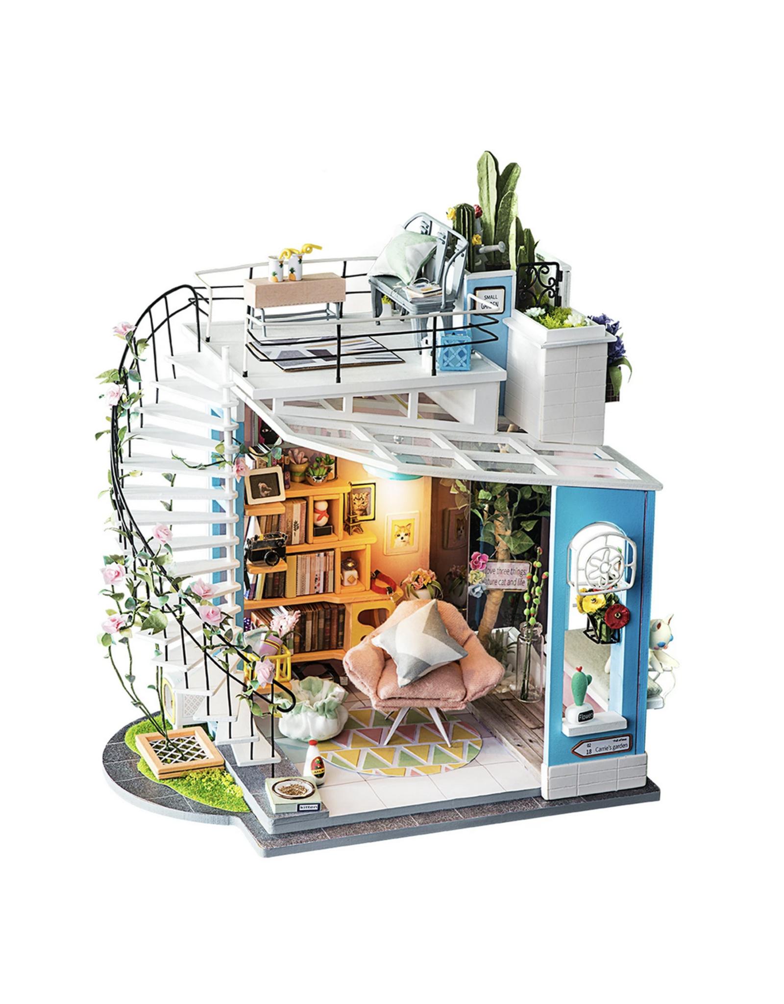 DIY Miniature House Kit : Dora's Loft