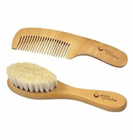 Green Sprouts Baby Comb and Brush