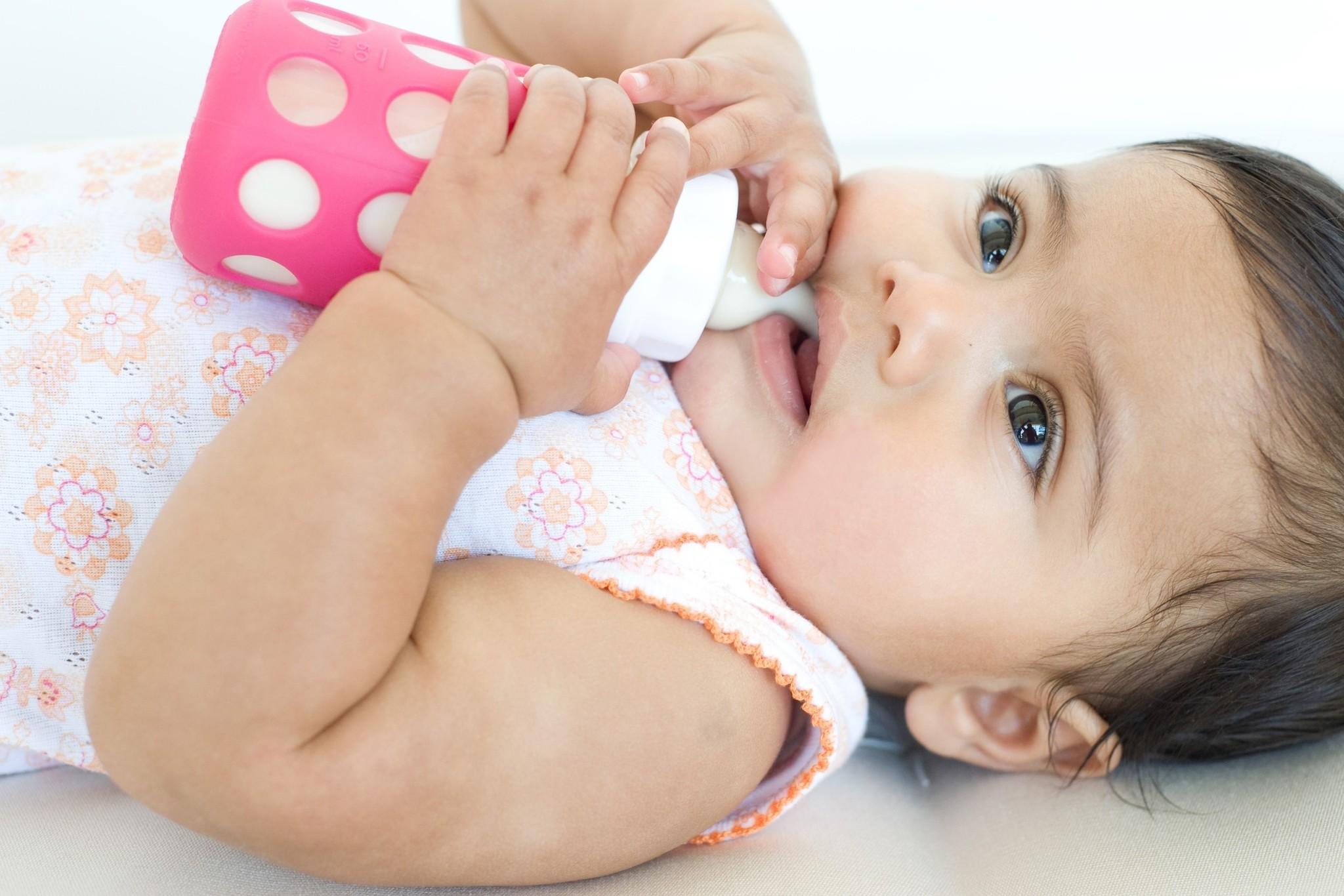 Lifefactory Lifefactory - Glass Baby Bottle