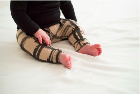 Loved Baby Loved Baby - Drawstring Leggings - Oatmeal Plaid