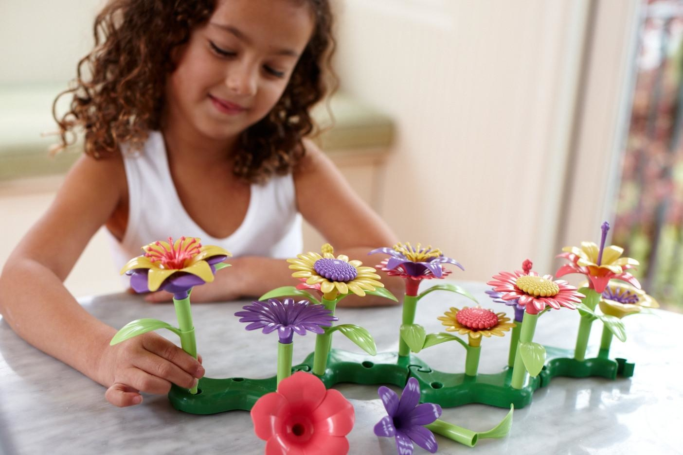 Green Toys Green Toys - Build-a-Bouquet Flower Set