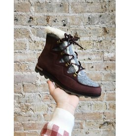 Sorel Neakchic Alpine Boot