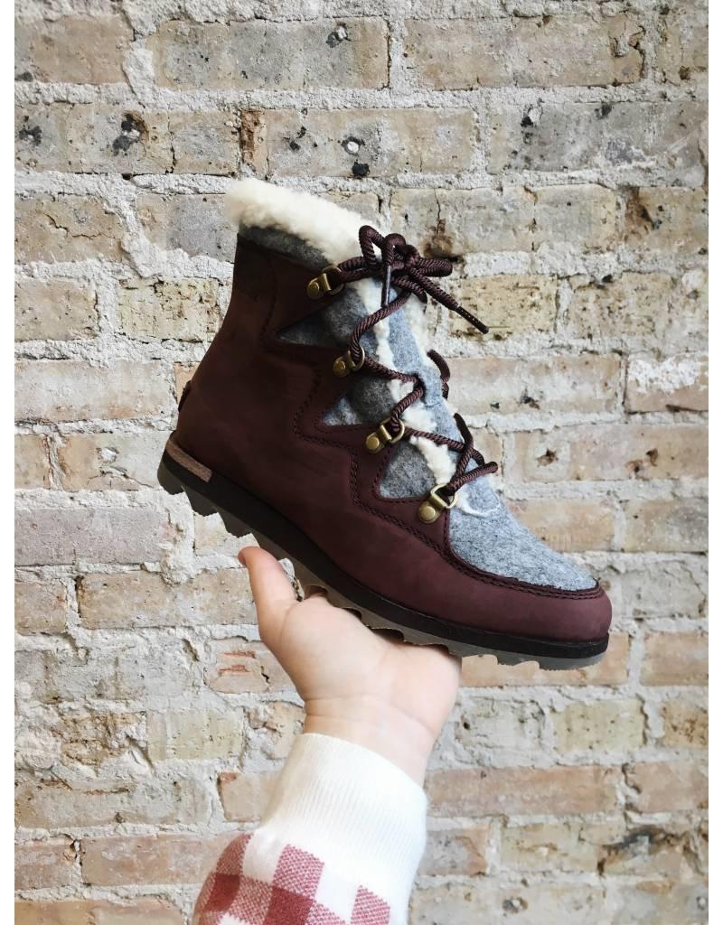 Sorel Sneakchic Alpine Boot