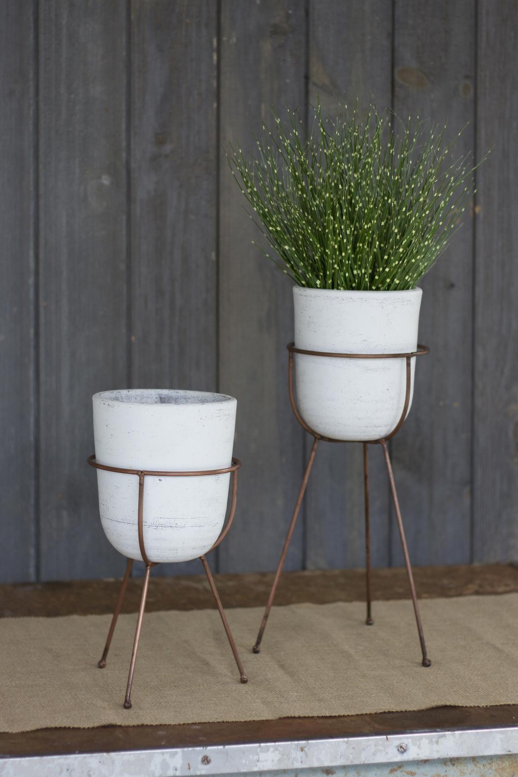 Kalalou Small Bell Clay Standing Pot