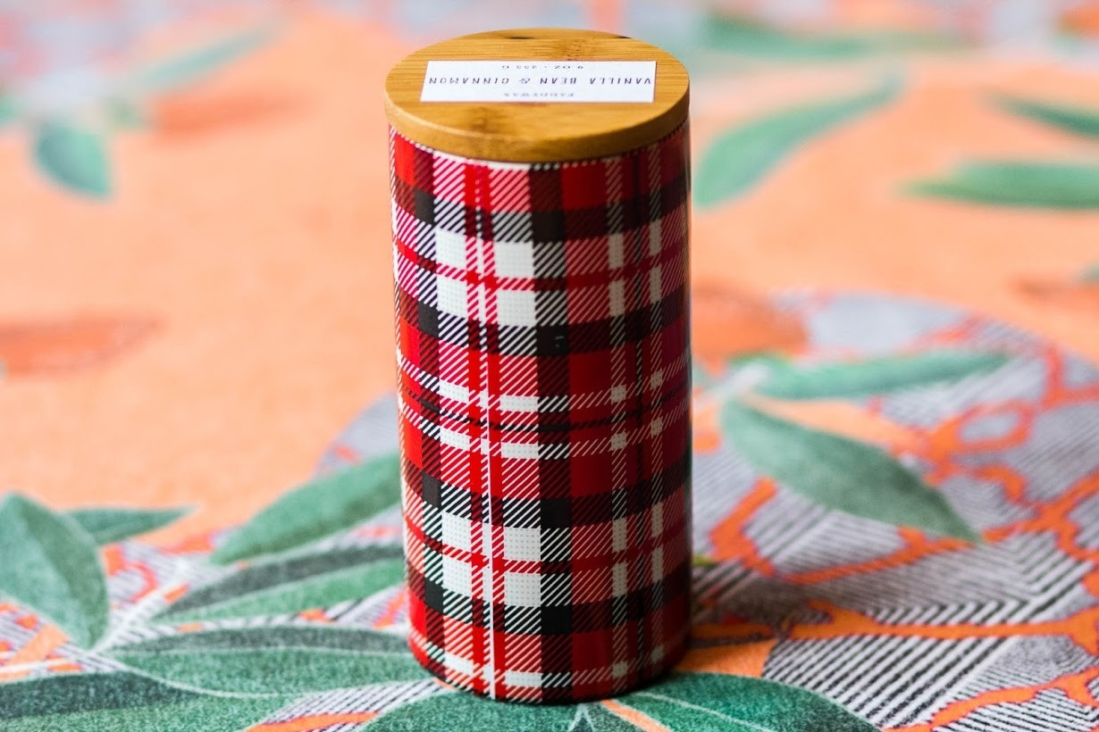 Paddywax Tartan 9 oz. Vanilla Bean and Cinnamon