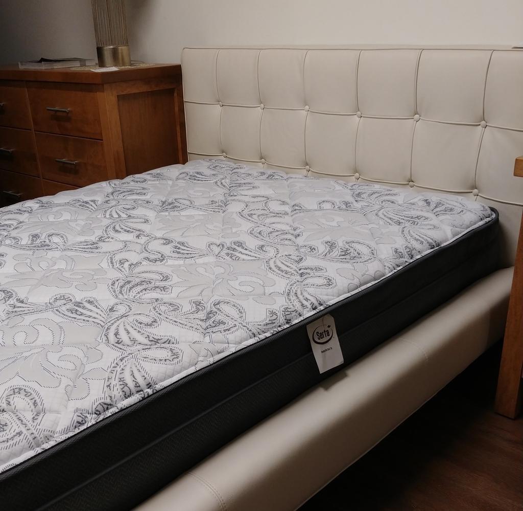EQ3 Winston Full Bed