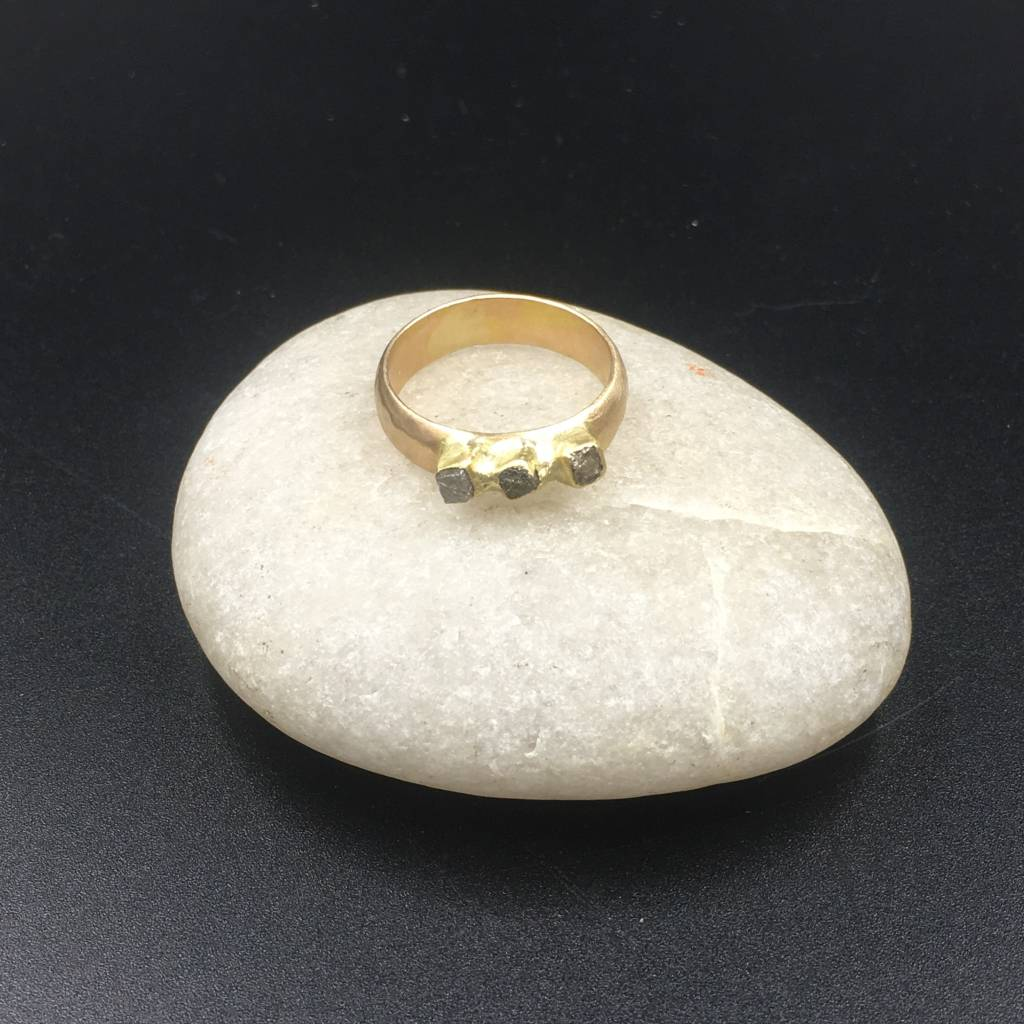 Rebecca Sugg Byzantine 18k & 14k gold ring with rough diamonds