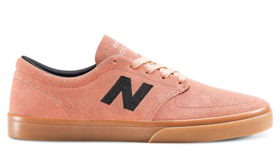 New Balance Brighton 345 - Salmon/Gum