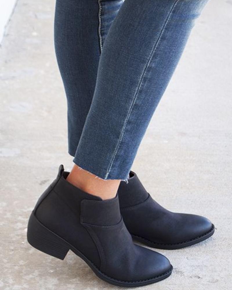 BC Footwear - Unify