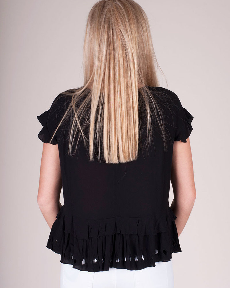 Embroidered S/S Ruffled Top