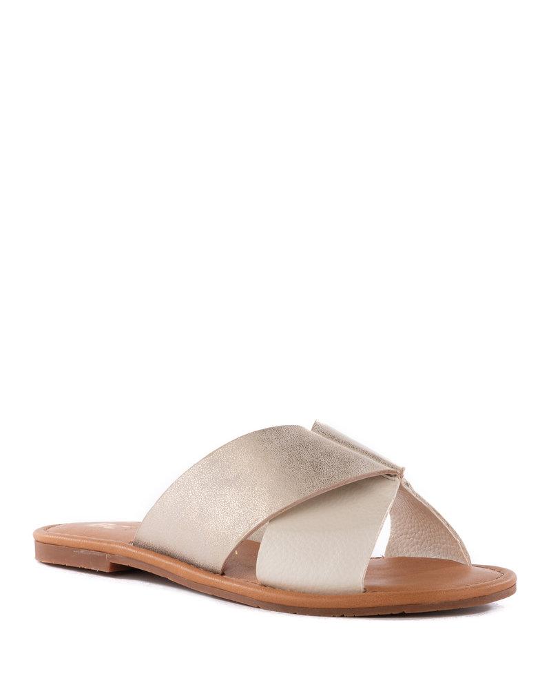 BC Footwear - Fierce in White/Gold