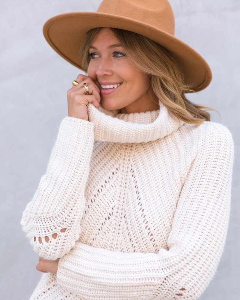 Apres Chunky Knit Turtleneck Sweater