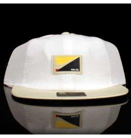 Nike Nike SB Hat Label 6 Panel Strapback White Khaki Bill