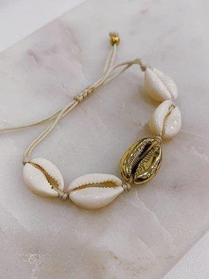 Atelier SYP Mykonos Shell Bracelet