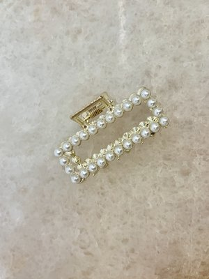 Atelier SYP Pearl Hair Clip Square