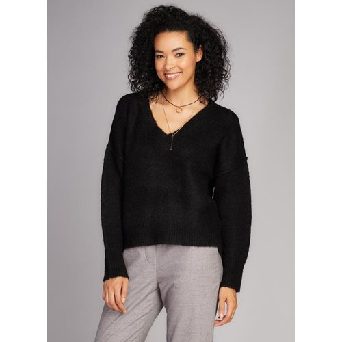 C'est Moi Knit V Neck Sweater