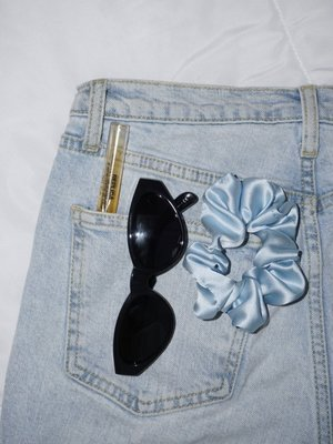 The Silk Labs Levi Blue Silk Scrunchie