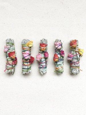 Catherine Rising Floral Smugde Sticks