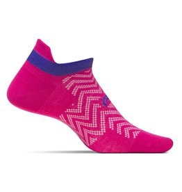 Feetures Feetures High Performance Ultra Light No Show Tab Chevron Pink