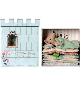playtime Maileg princess on the pea mouse