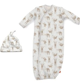 baby magnetic me organic gown & hat set