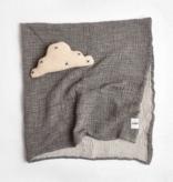 functional accessory saarde crinkle blanket