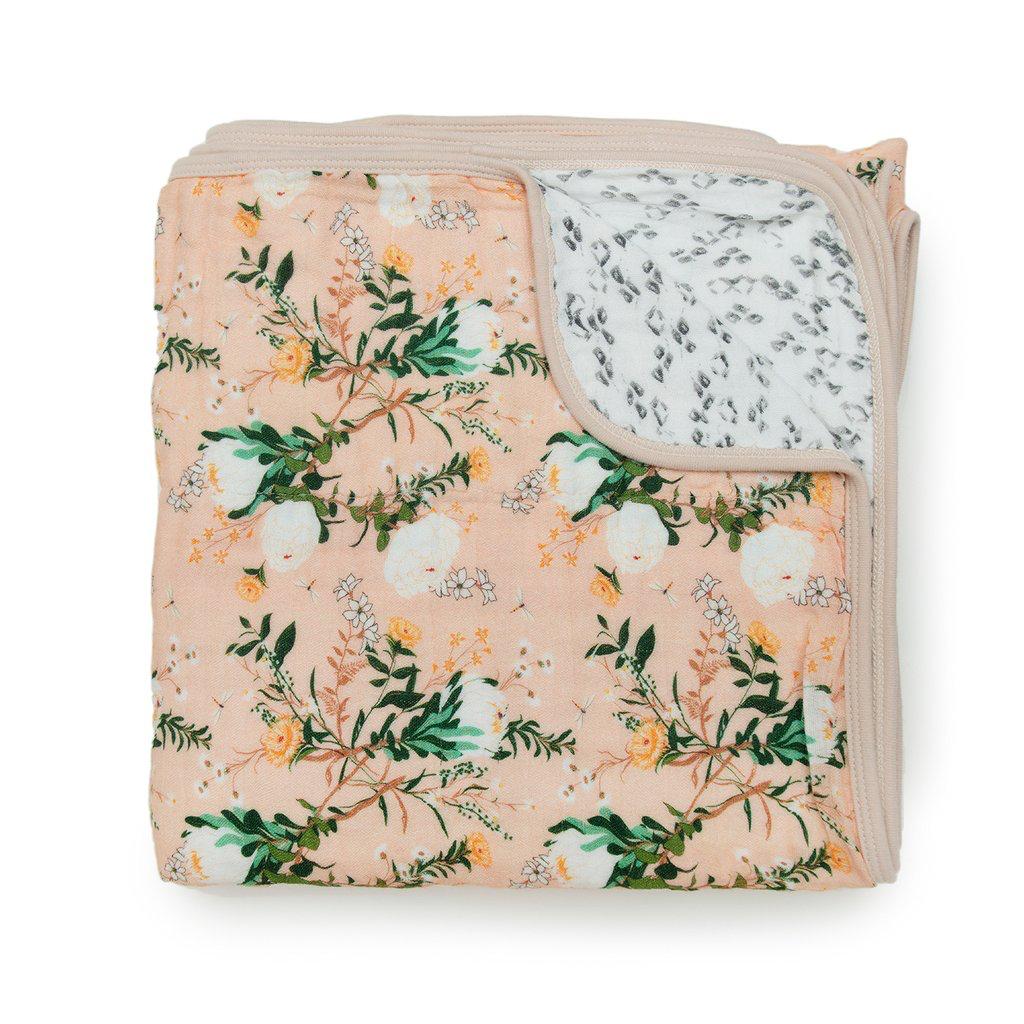 functional accessory loulou lollipop muslin quilt blanket