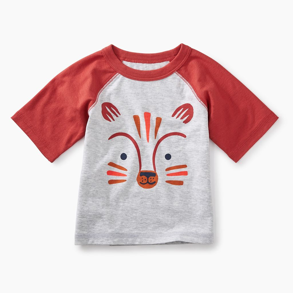 master fox graphic baby raglan tee