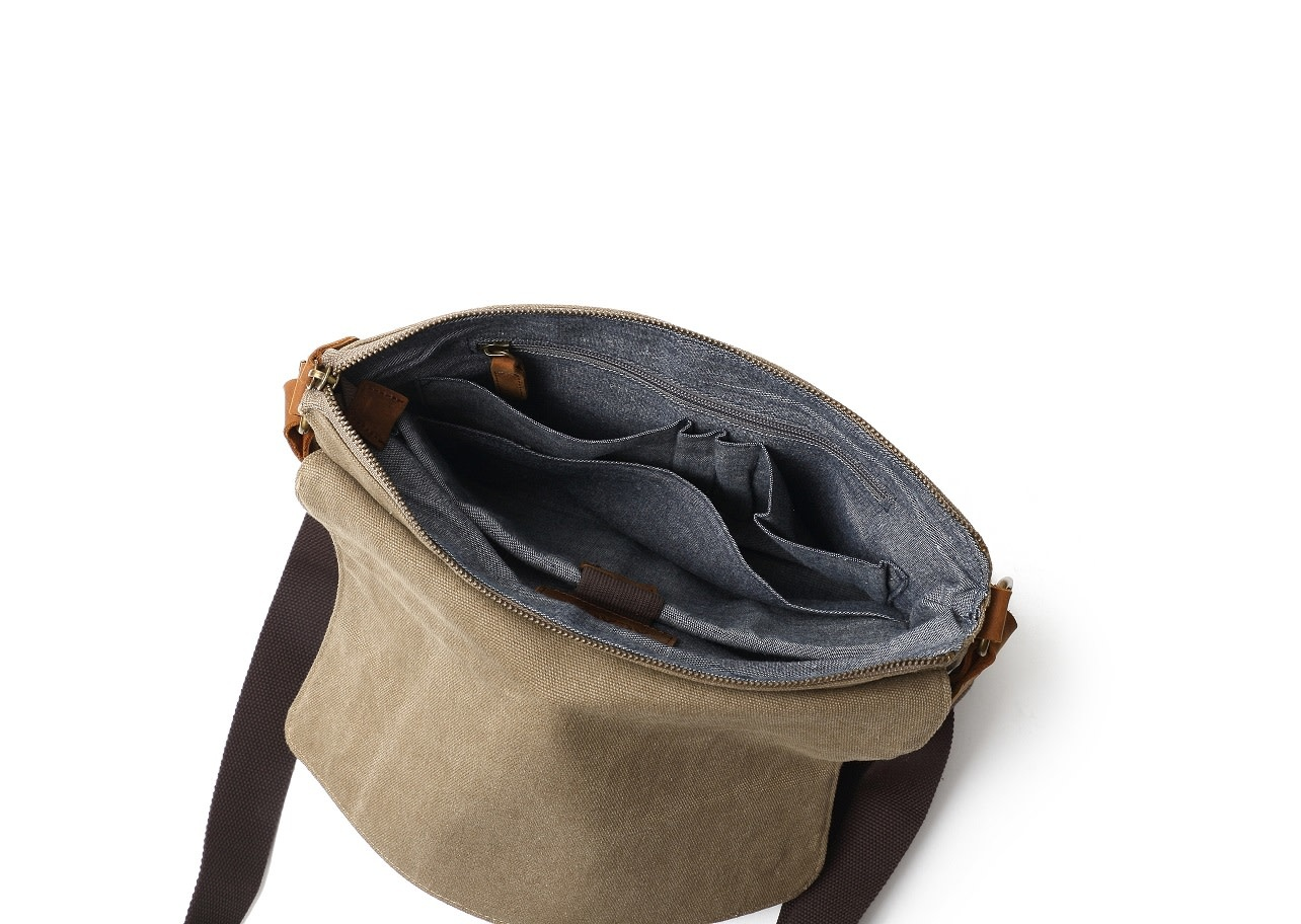 DAVAN CANVAS SHOULDER BAG