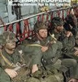 Andrea Miniatures (AND) Hook Up! US Paratrooper Vietnam to Cold War