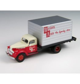 Classic Metal Works (MWI) HO 1941-46 Chevy Box Truck, Western Auto Stores
