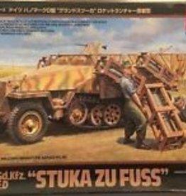 """Tamiya (TAM) 1/48 Mtl.SPW.Sd.kfz 251/1 Ausf.D """"Stuka Zu Fuss"""
