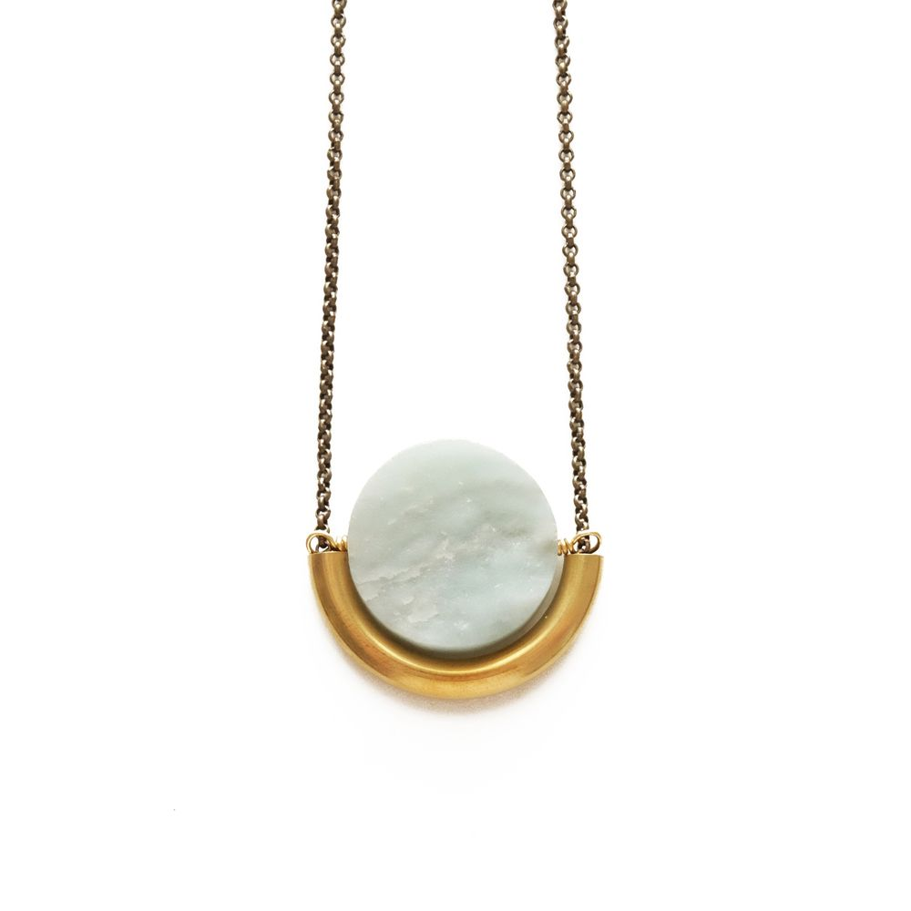 SUN AND MOON NECKLACE IN AMAZONITE