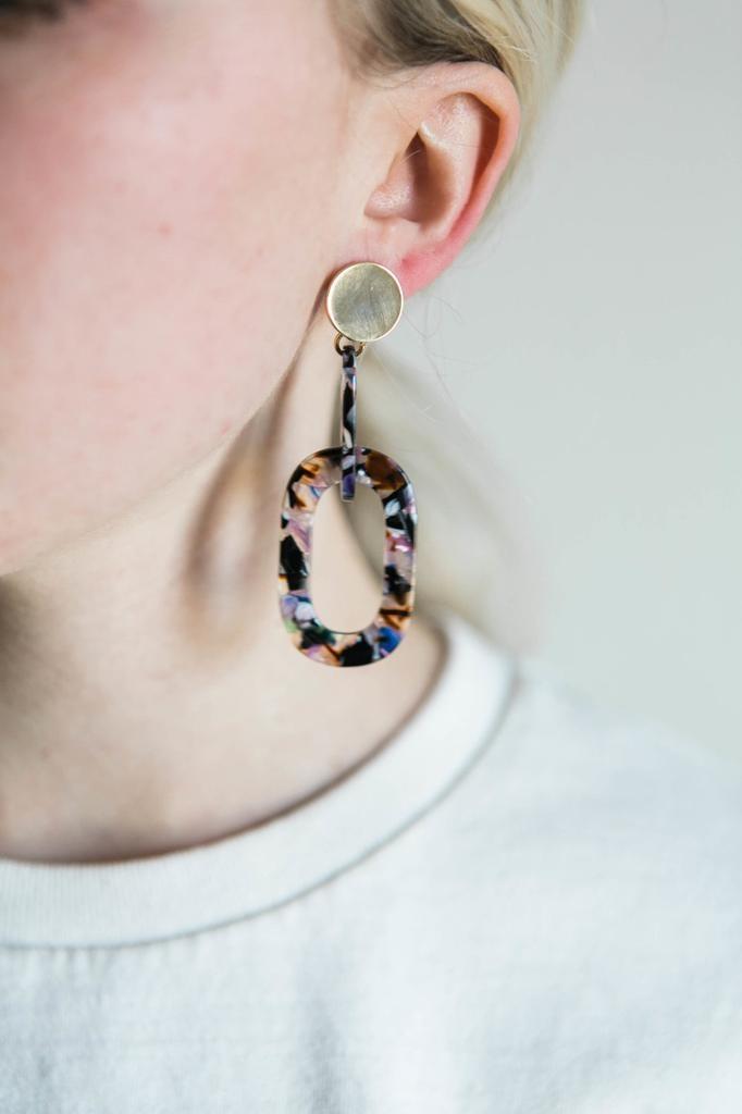 Acrylic Link Earrings in Confetti Mix