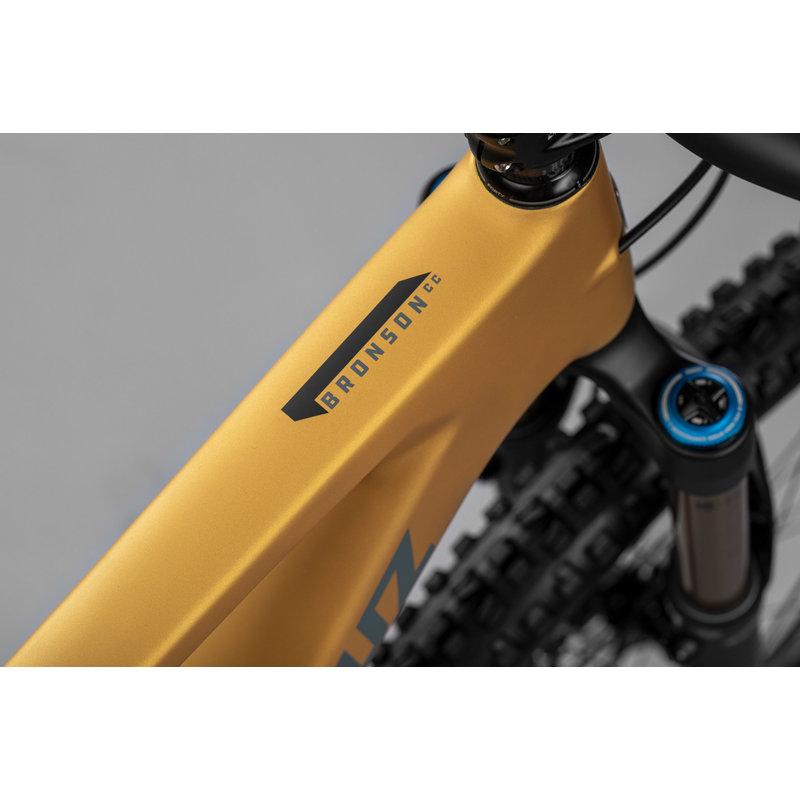 SANTA CRUZ  BICYCLES 2022 SANTA CRUZ FRAME BRONSON 4 CC MD SATIN GOLDW/ ROCKSHOX SDU