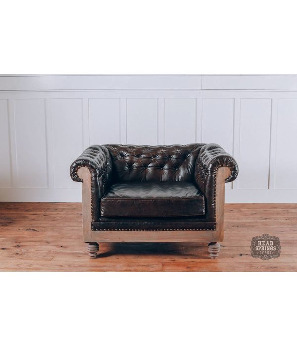 Pink City Industries Anna DeConstructed Chesterfield Arm Chair with Leather (Pavilion)
