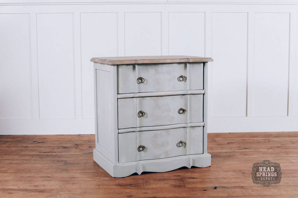 Fox Roe Ava French Provincial 3 Drawer Night Stand Fpns