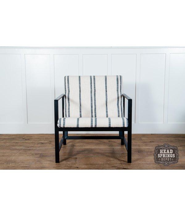 Fox & Roe Arm Chair Cotton Kilim Iron/ Black