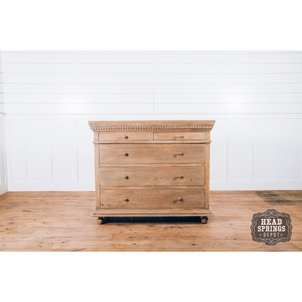 Saint James 5 Drawer Dresser Light French Grey