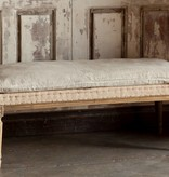 Park Hill Burlap And Distressed Pillow Bench NJ035