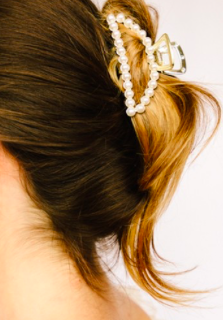 MA Pearl Sudded Glam Hair Claw 229