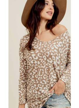 FL Leopard Top with V-Neck 1345