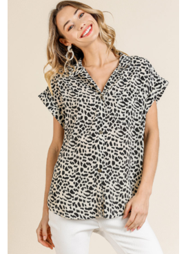 Umgee Animal Print Collared Top with Pocket 5549