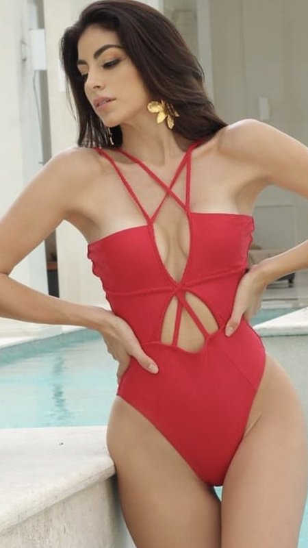 Color Block One Shoulder Ruffle One Piece Bathing Suit