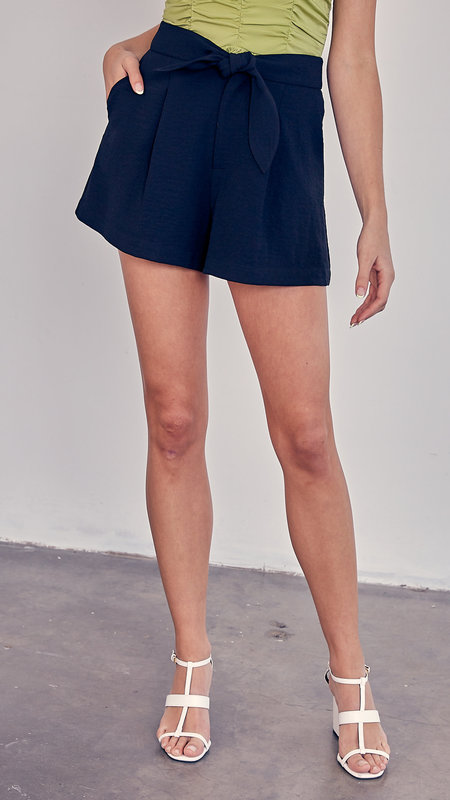 Izzy High Rise Front Bow Shorts