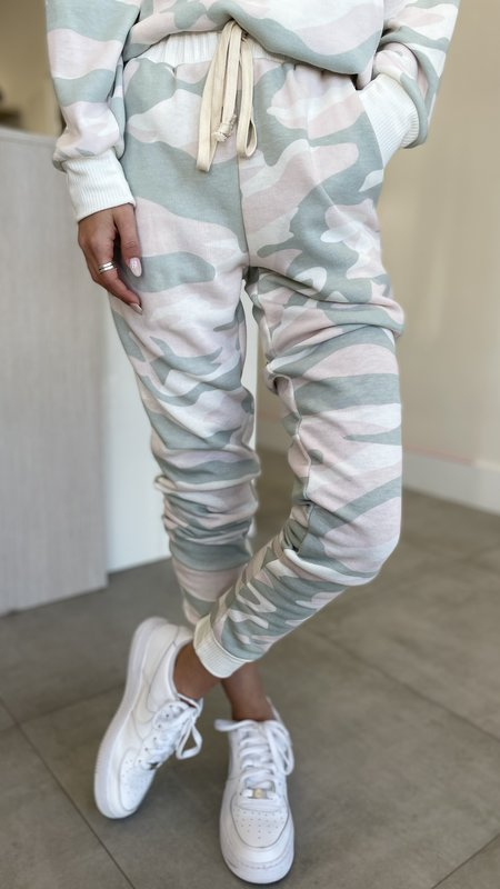 Nikela Camouflage Joggers