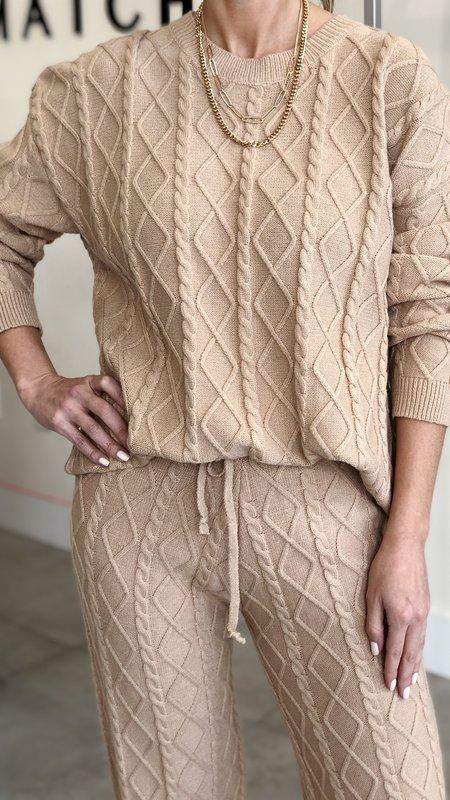 Lolly Twist Pattern Knit Top