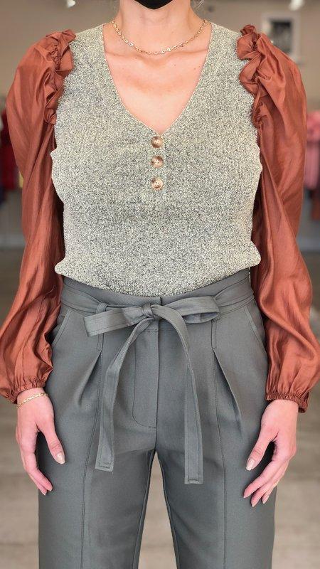 Alani Contrast Sleeve Top