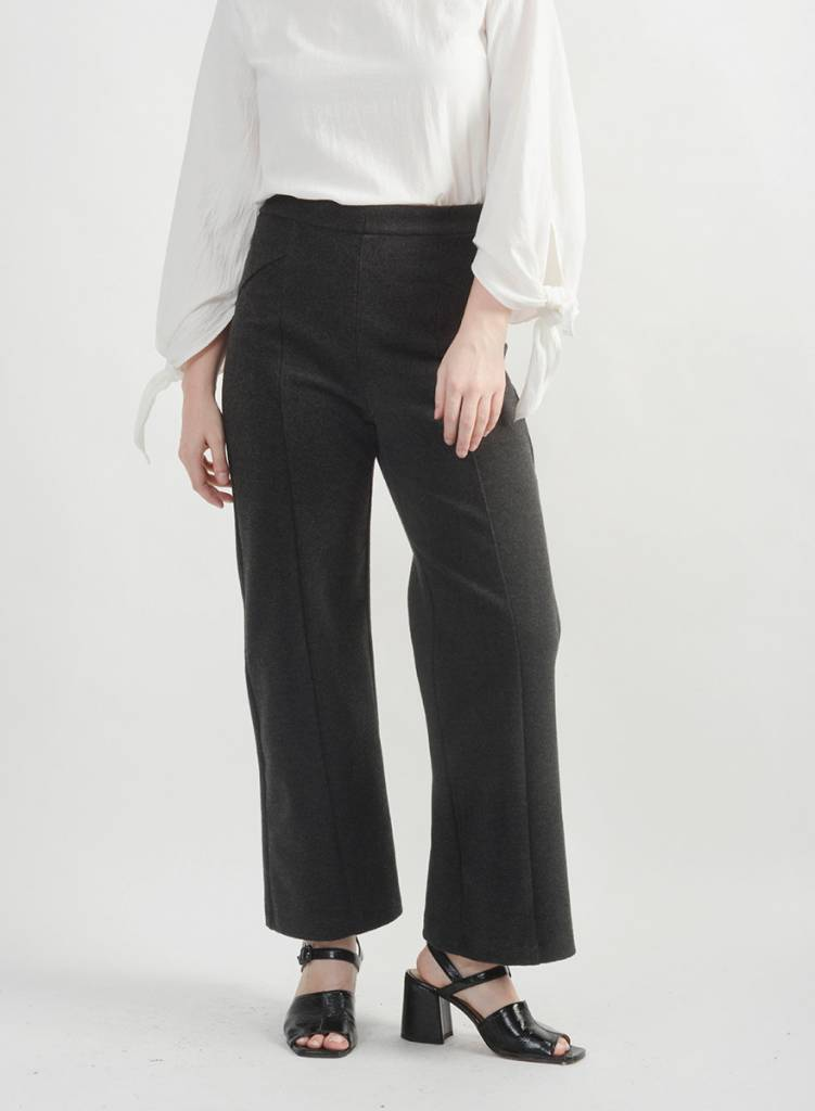 Topher Seamed Pant - Dark Grey