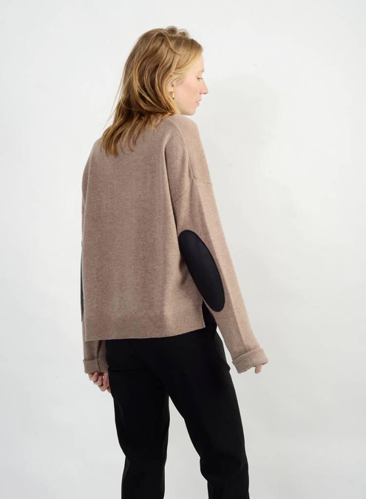 Casual Crew Neck Sweater - Taffy